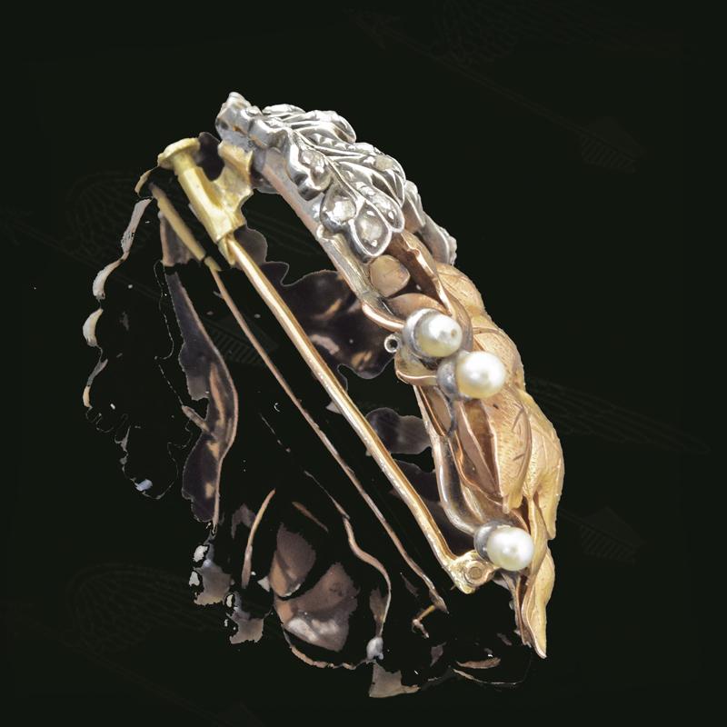 econ-pearl-broach-watermark-33.jpg