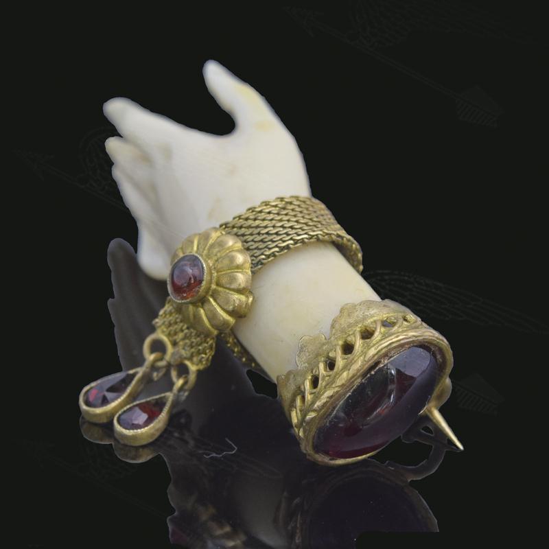 ivory-garnet-hand-broach-watermark-10.jpg