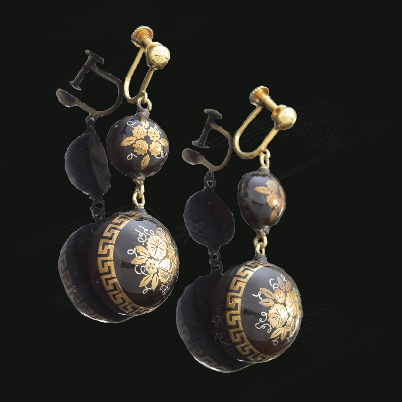 pique-earring-watermark-15.jpg