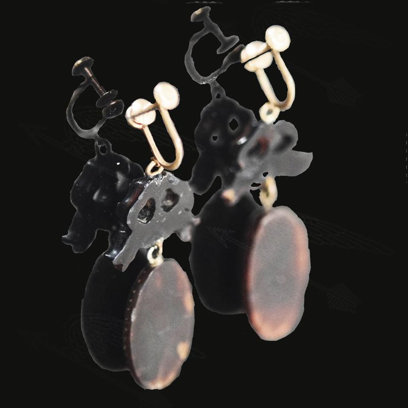 pique-ribbon-earring-wtermark-12.jpg