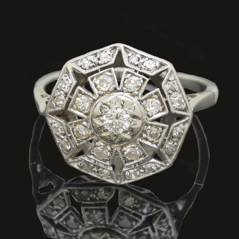 white-go-ld-diamond-ring-watermark-11.jpg