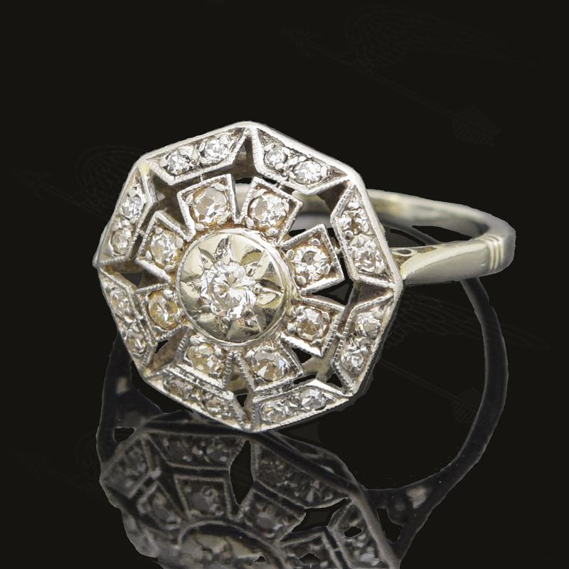 whitegold-diamond-ring-watermark-2.jpg